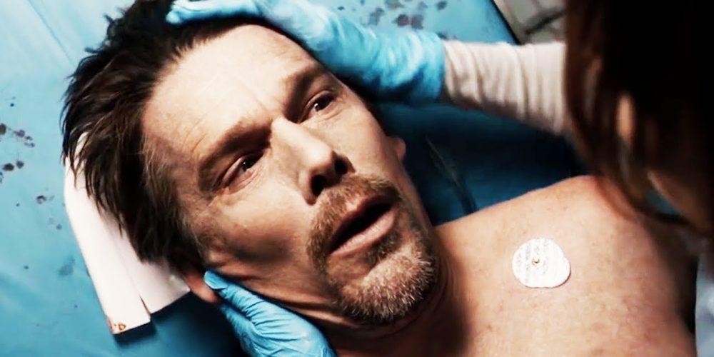 """Iš mirusių prikeltu žudiku trileryje """"24 valandos gyventi"""" tapęs E. Hawke'as: teko gerokai paprakaituoti"""
