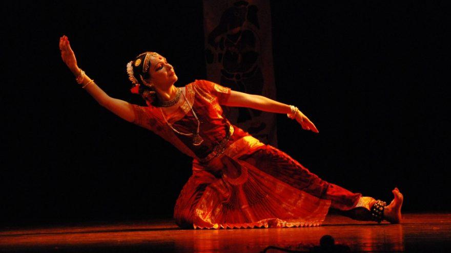 Klasikinių indiškų šokių pamokos