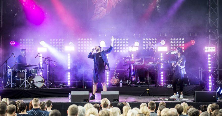 "Grupės ""Golden Parazyth"" koncertą VU Botanikos sode parodys televizija"