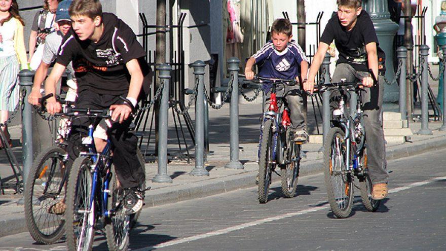 """Žygis dviračiais """"Pusiau aplink Užupį"""""""