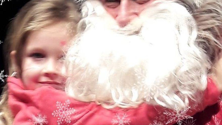 Raganiukės teatras. Kalėdų senis. Besmegenis ir Naminukė Kūtė. Spektaklis vaikams