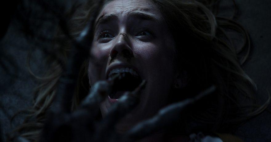 """Į kino teatrus grįžtančio """"Tūnąs tamsoje"""" režisierius įsitikinęs: įlįsiu į žiūrovo galvą ir ten sukelsiu sprogimą"""