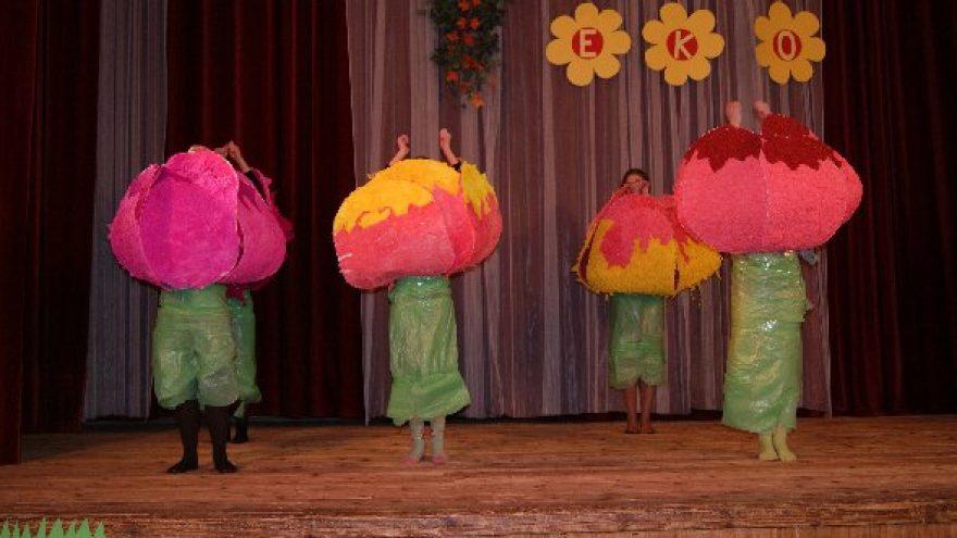 """Tarptautinis vaikų menų festivalis """"Vasara prie Nemuno"""""""