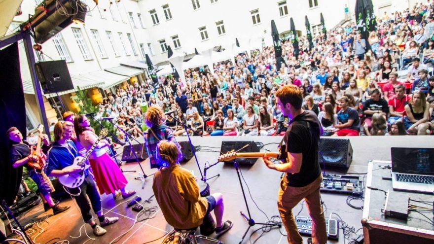 Grupės BALTASIS KIRAS albumo AMERIKA pristatymo koncertas!