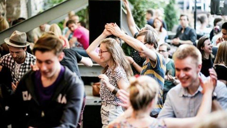 Kultūros Naktis ir džiazo šokiai K. Sirvydo skvere
