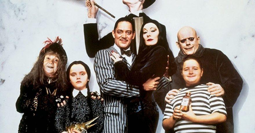 """Filmo """"Adamsų šeimynėlė"""" herojai tada ir dabar – pajuskite skirtumą"""