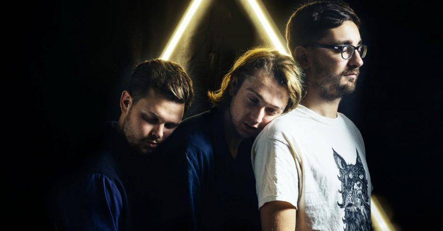 """Muzikinis iššūkis: 27 įdomūs faktai apie britų grupę """"alt-J"""""""