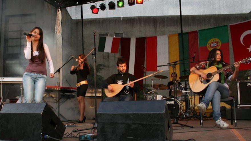 """Gyvos muzikos festivalis Rokiškyje """"Tėvo gitara""""!"""