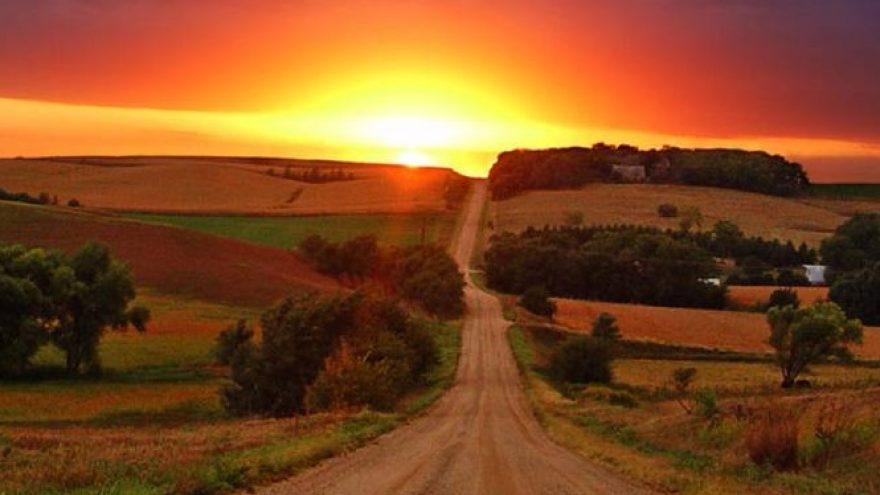 """Paskaita """"Radža joga – kelias į ramybę, laimę ir stiprybę"""""""