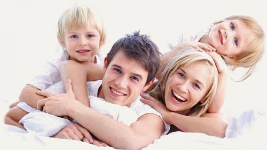 Turintys vaikų ir laimingi