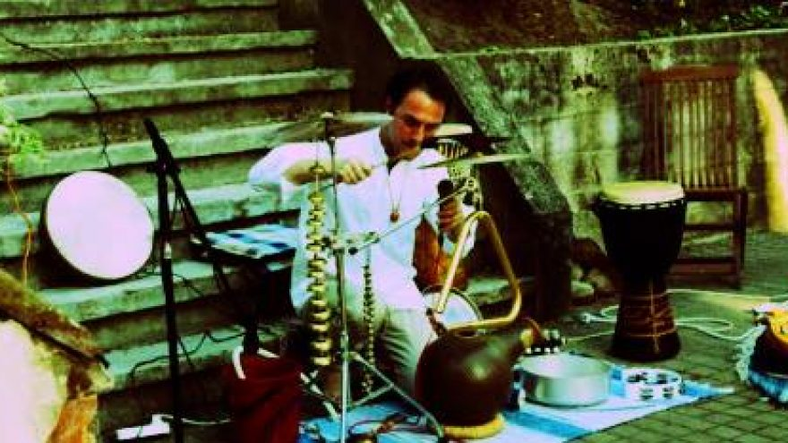 Irakli Koiava – percussion sounds from Georgia