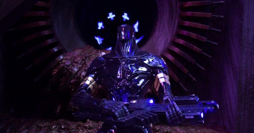 """""""Penktojo elemento"""" genijus L. Bessonas grįžta su nauju fantastiniu veiksmo filmu"""