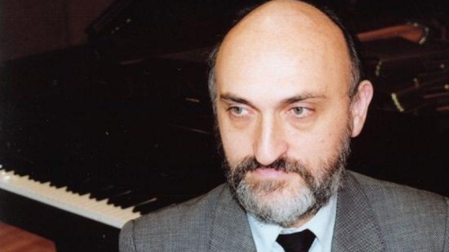 (Perkeltas) J.S.Bacho Goldbergo variacijas skambina Sergejus Okruško