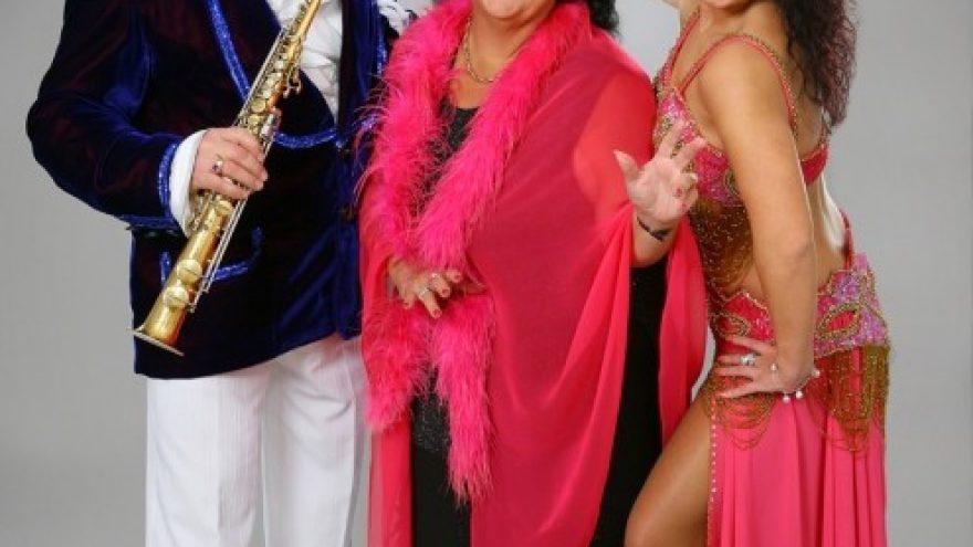 (PANEVĖŽYS) Vitalijos Katunskytės ir jos draugų Kalėdinis šventinis koncertas