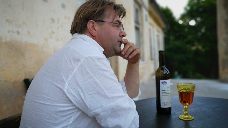 Smilškalni wine tasting in Padure manor