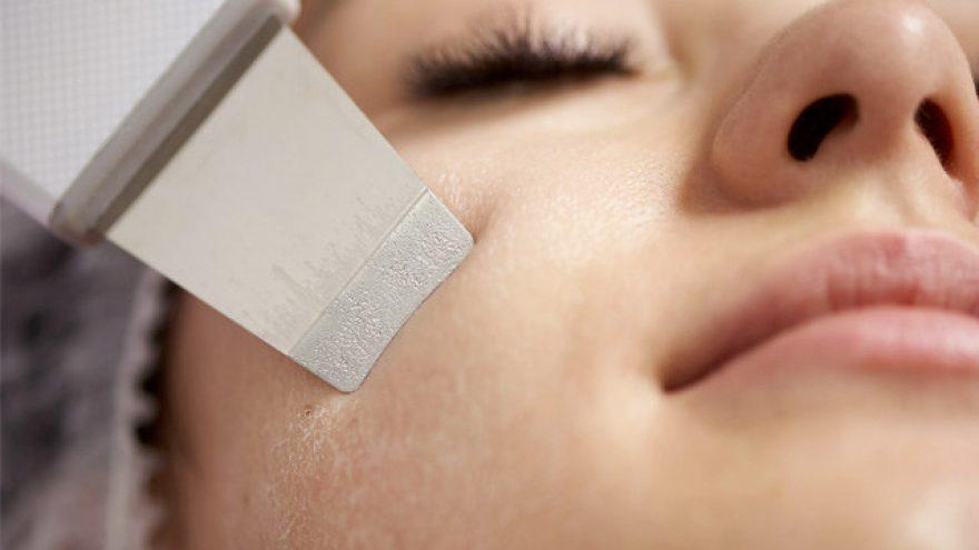 Ultragarsinis ir rūgštinis veido valymas + raminanti alginatinė veido kaukė