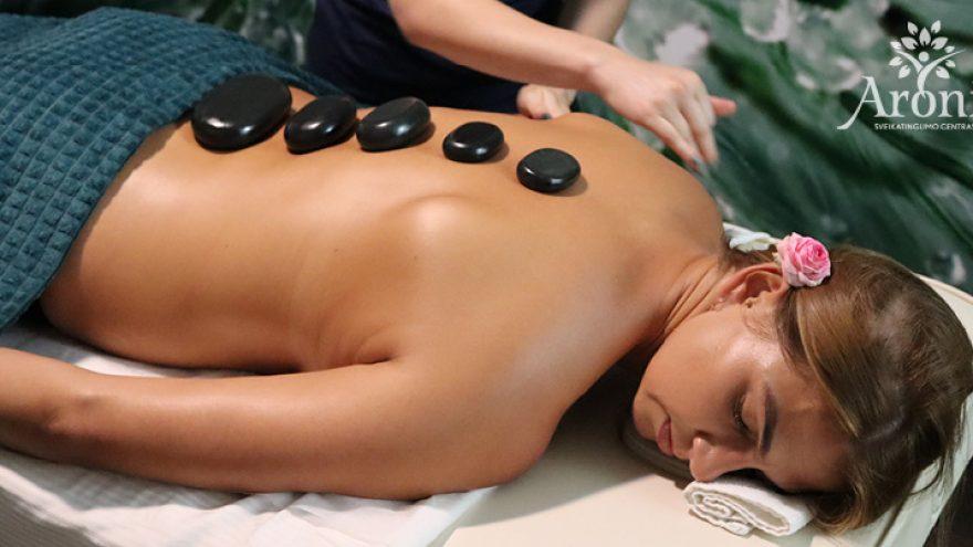 Viso kūno masažas su karštais akmenimis