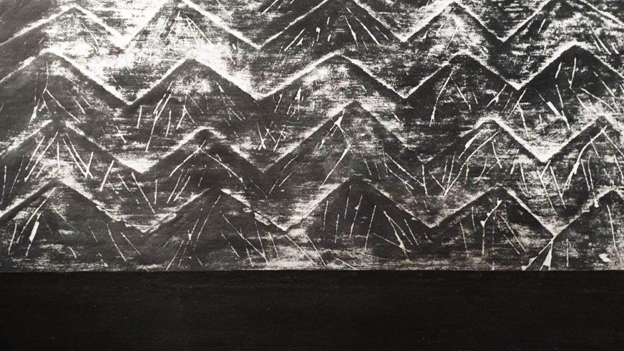 """Jausmų peizažai smėlio paveiksluose – Kristinos Danilevičienės parodoje """"Smėlynai"""""""