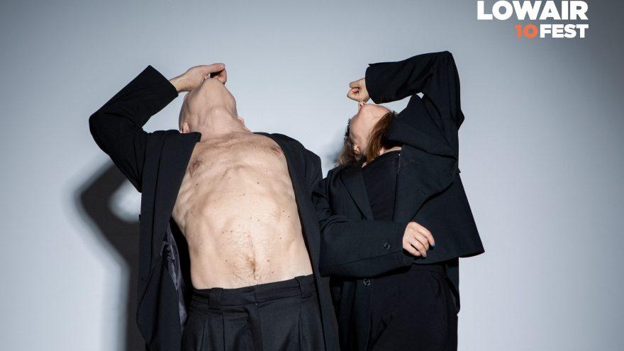 LOW AIR 10 FEST: romantinis urbanistinio šokio spektaklis – FEEL-LINK